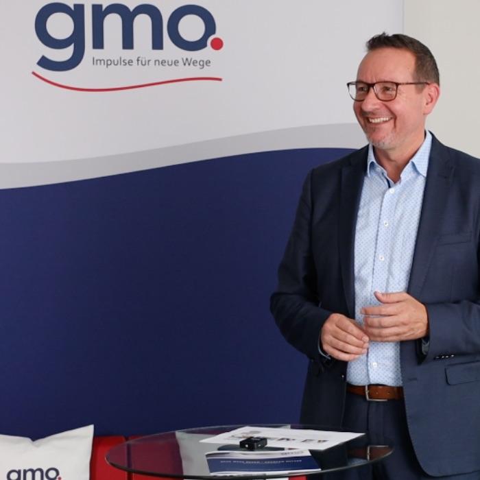 Horst van Gageldonk, CEO von gmo, bei einem Streamingevent 2020